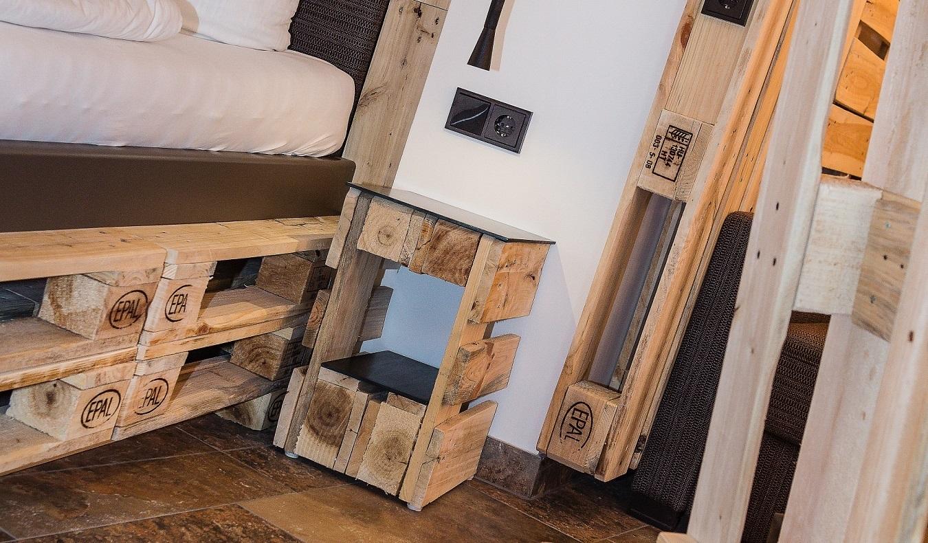 home etco. Black Bedroom Furniture Sets. Home Design Ideas